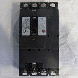 Interruptor automático en caja moldeada